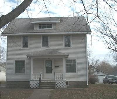227 Superior St, Storm Lake, IA 50588