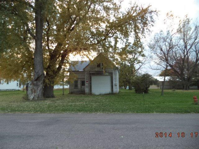 420 Evans St, Linn Grove, IA 51033