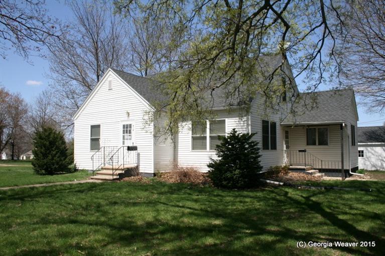414 Thomas St, Sioux Rapids, IA 50585