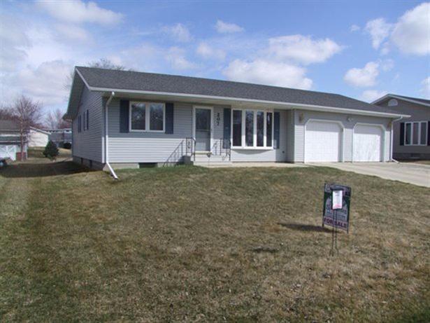 207 Elm St, Lakeside, IA 50588