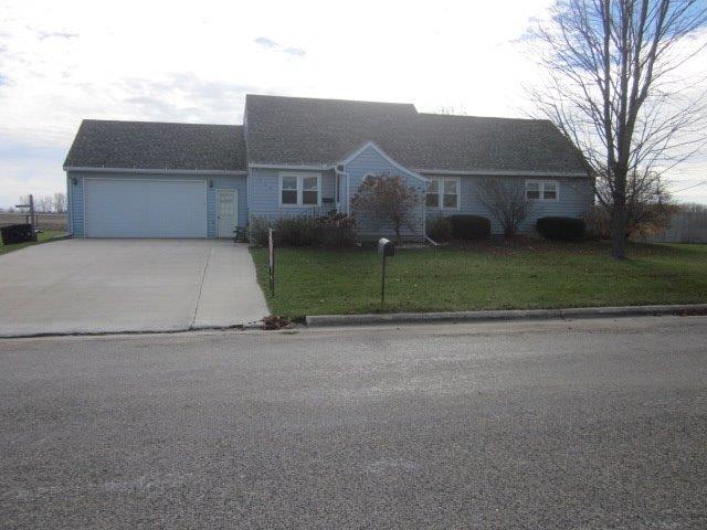 526 Aschenbrenner Ave, Laurens, IA 50554