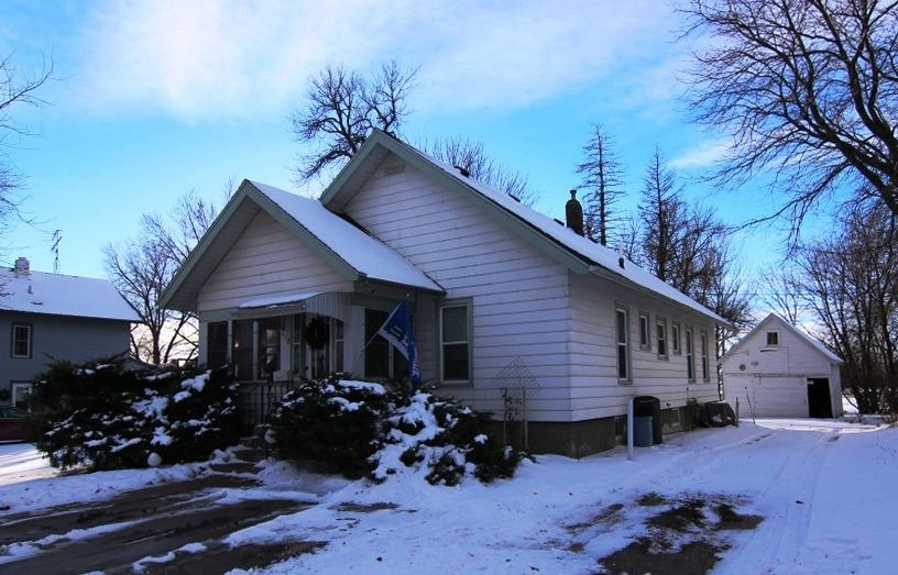Photo of 418 South Fulton Street  Newell  IA