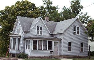 203 E Bluff St, Cherokee, IA 51012