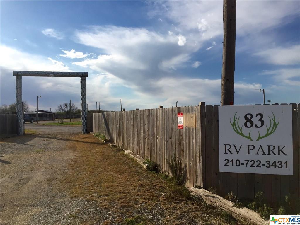 primary photo for 63 W County Road 4017 Road, La Pryor, TX 78872, US