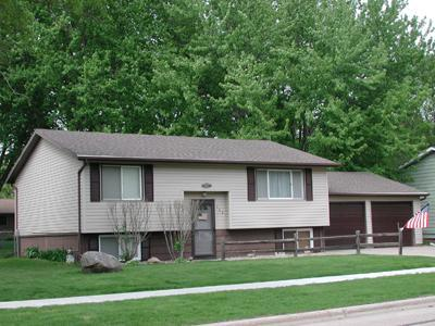 323 8th St Sw, Spencer, IA 51301