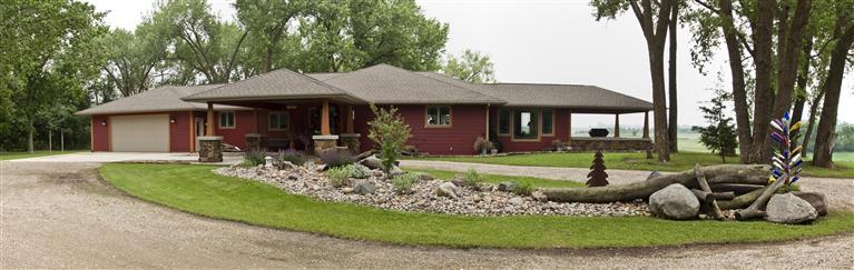 2275 225th St, Milford, IA 51351