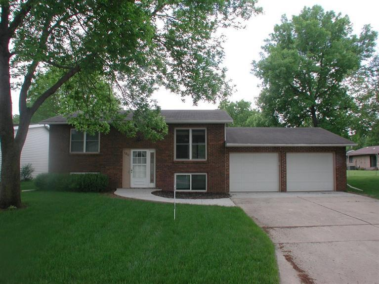 1210 W 13th St, Spencer, IA 51301