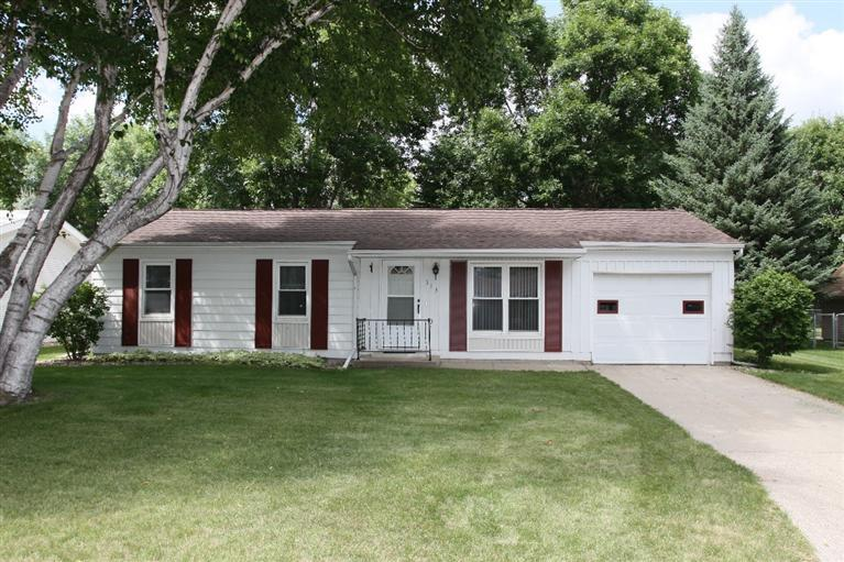 313 9th St SW, Spencer, IA 51301