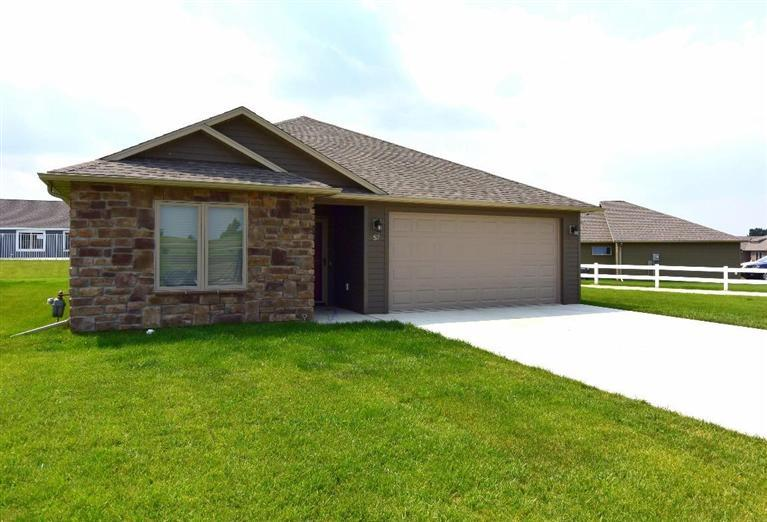 57 Stoney Brook Cir SW, Spencer, IA 51301