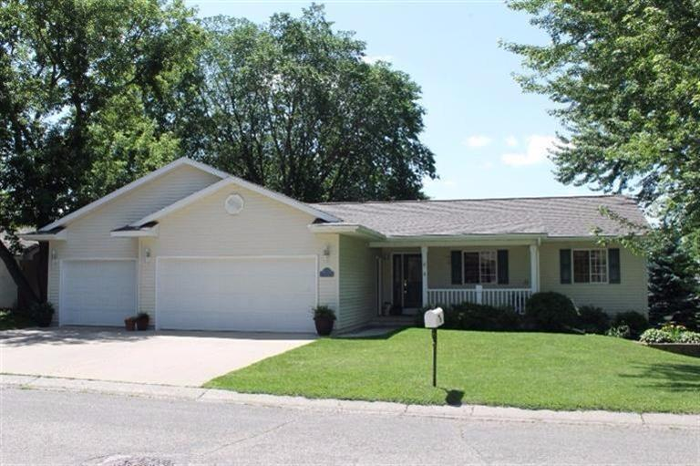 107 24th St, Spirit Lake, IA 51360