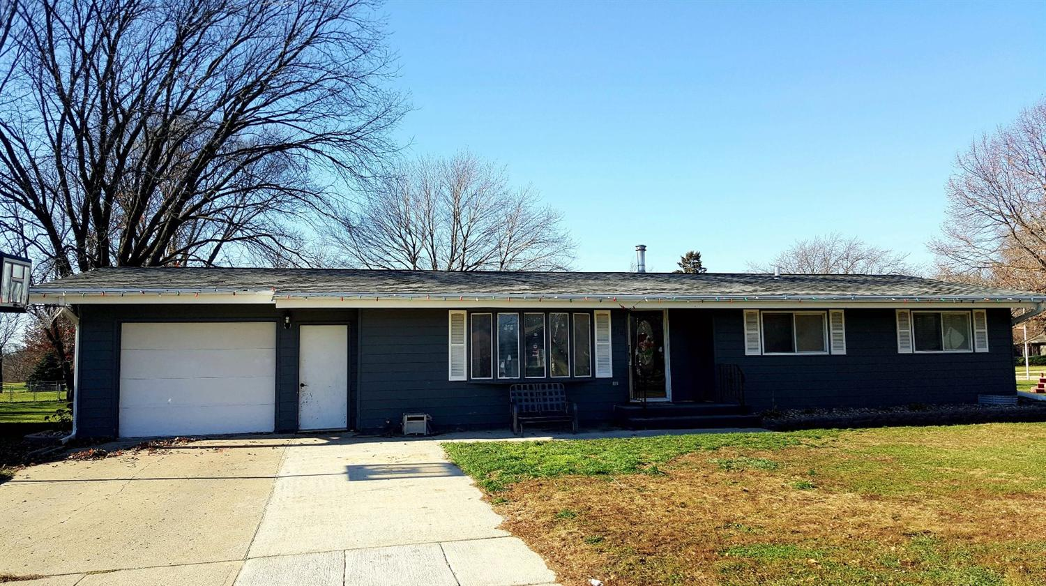 319 12th Ave W, Spencer, IA 51301