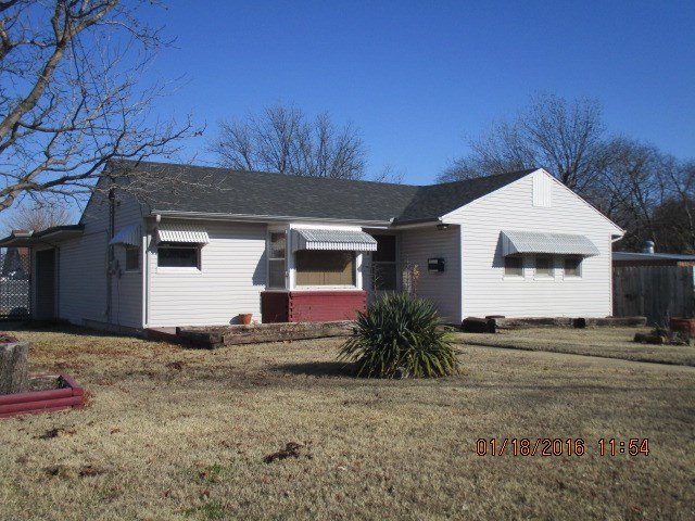717 15th Ave NW, Ardmore, OK 73401