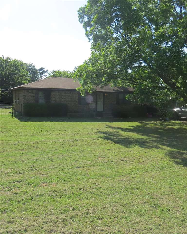 Photo of 115 Meadow  Lone Grove  OK