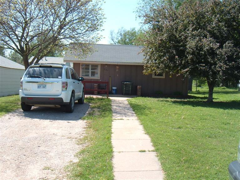 Real Estate for Sale, ListingId: 20620176, Pratt, KS  67124