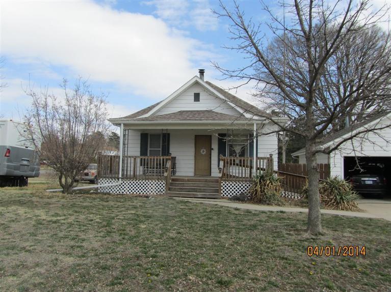 Real Estate for Sale, ListingId: 27468417, Pratt,KS67124