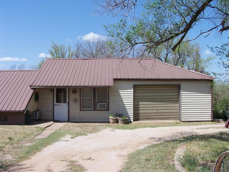 Real Estate for Sale, ListingId: 27875413, Pratt, KS  67124