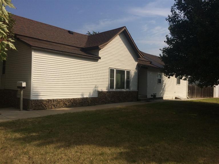 Real Estate for Sale, ListingId: 28924844, Pratt,KS67124