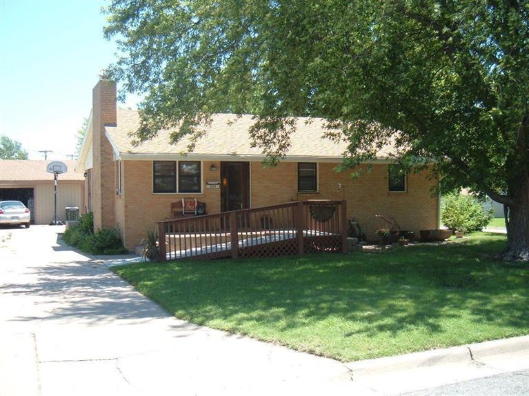 Real Estate for Sale, ListingId: 28946342, Pratt,KS67124