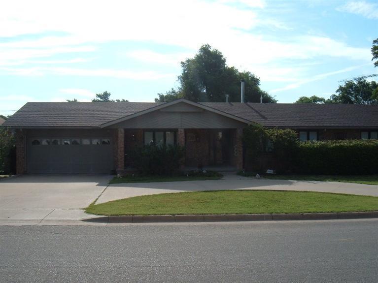 Real Estate for Sale, ListingId: 33775700, Pratt,KS67124
