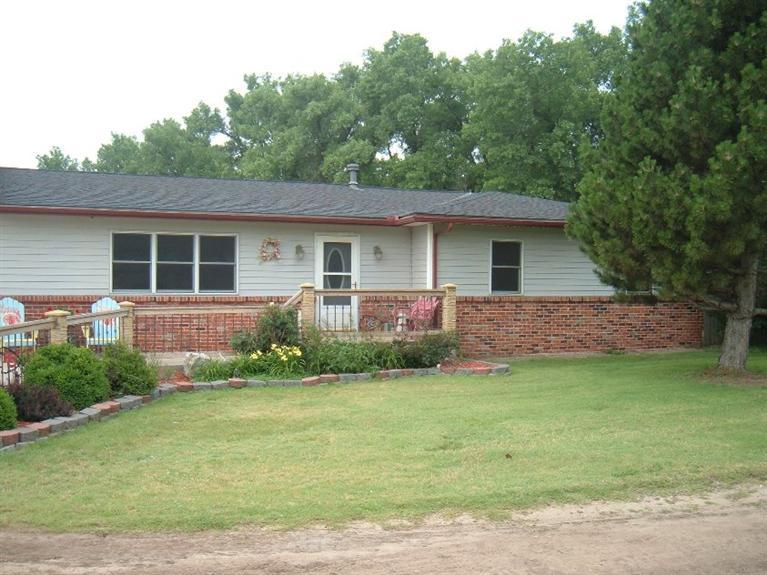 Real Estate for Sale, ListingId: 34018600, Pratt, KS  67124