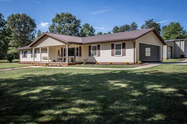 177 Amos Lake Dr, Statesville, NC 28625