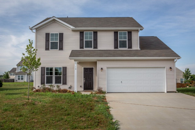 113 Boiling Brook Dr, Statesville, NC 28625