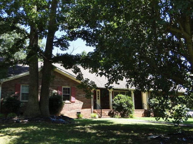619 Crestridge Rd, Statesville, NC 28677