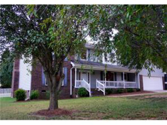 Photo of 122 SUMMERCHASE LANE  Mooresville  NC