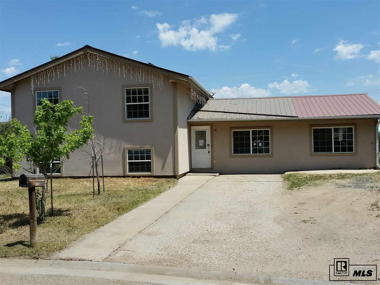 425 Apple St, Craig, CO 81625