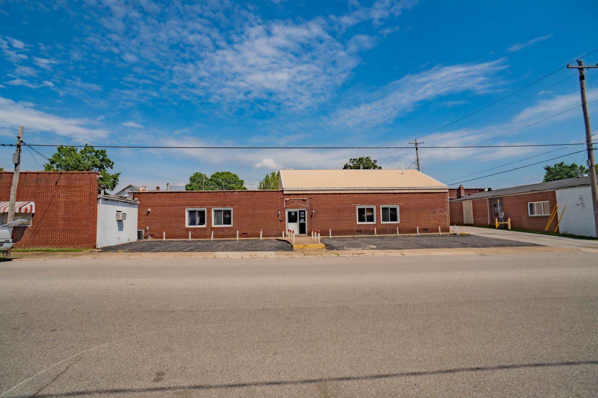 1006 11th Street, Tell City, IN 47586