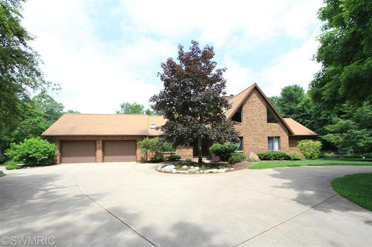 Real Estate for Sale, ListingId: 26108528, Kalamazoo,MI49004