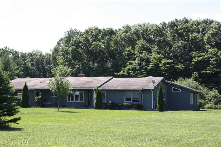 Real Estate for Sale, ListingId: 27468997, Kalamazoo,MI49004