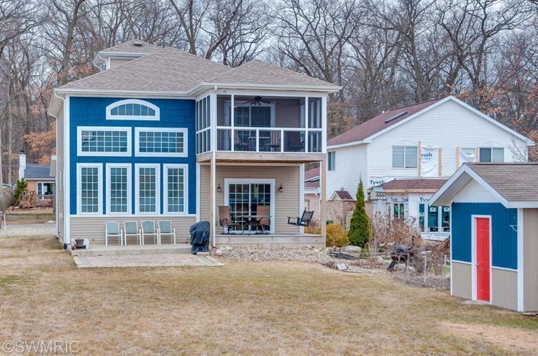 Real Estate for Sale, ListingId: 32077313, Edwardsburg,MI49112