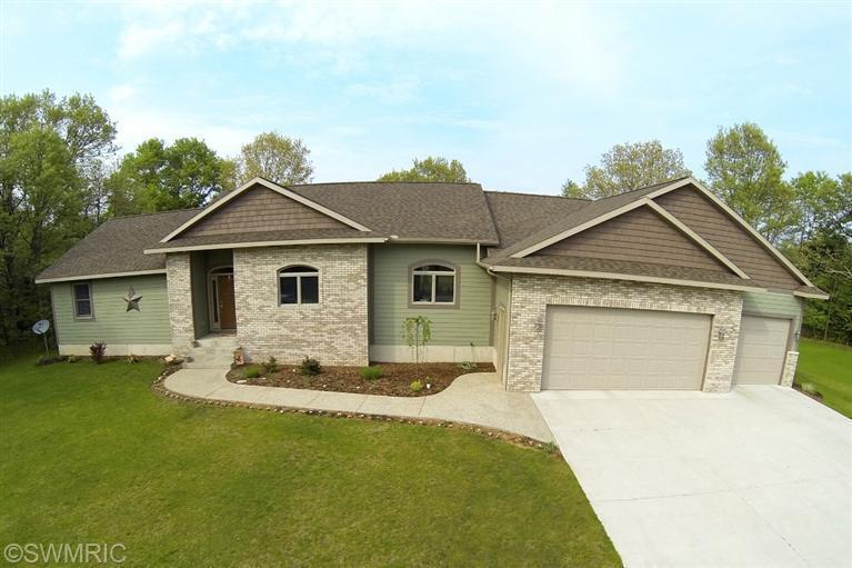 Real Estate for Sale, ListingId: 27728405, Twin Lake,MI49457