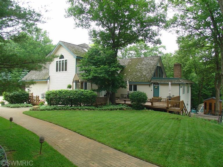 Real Estate for Sale, ListingId: 28797197, Stevensville,MI49127