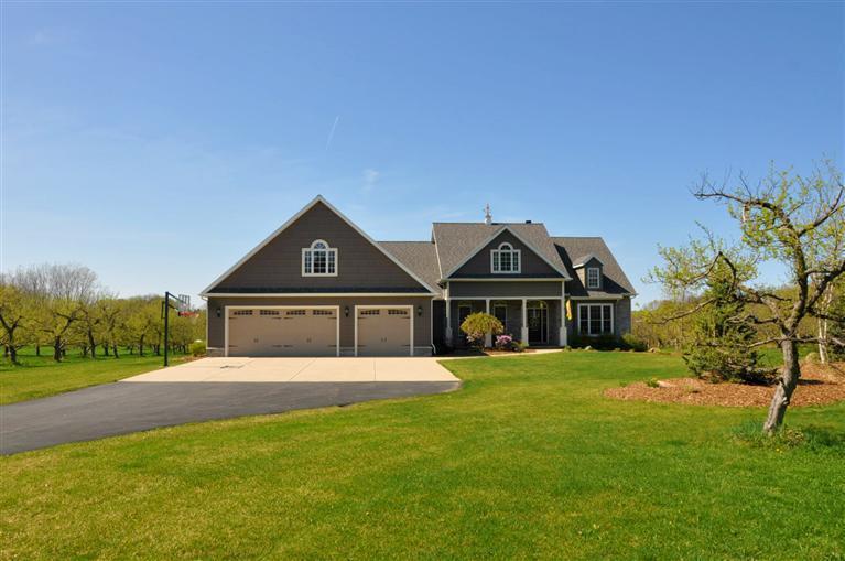 Real Estate for Sale, ListingId: 28151113, St Joseph,MI49085