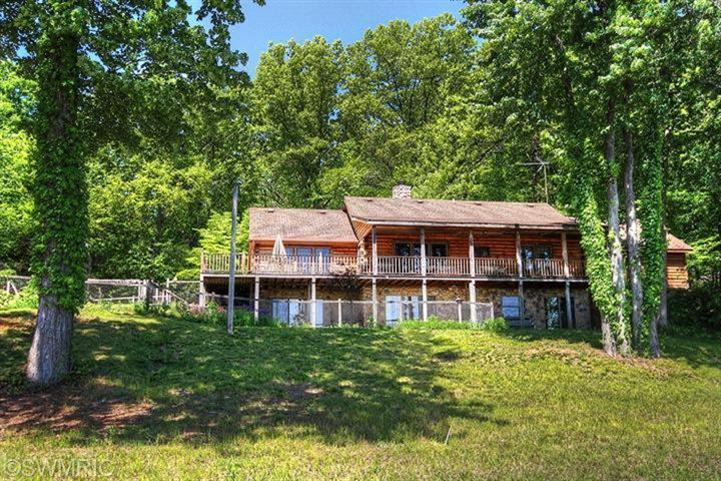 Real Estate for Sale, ListingId: 28185976, Edwardsburg,MI49112