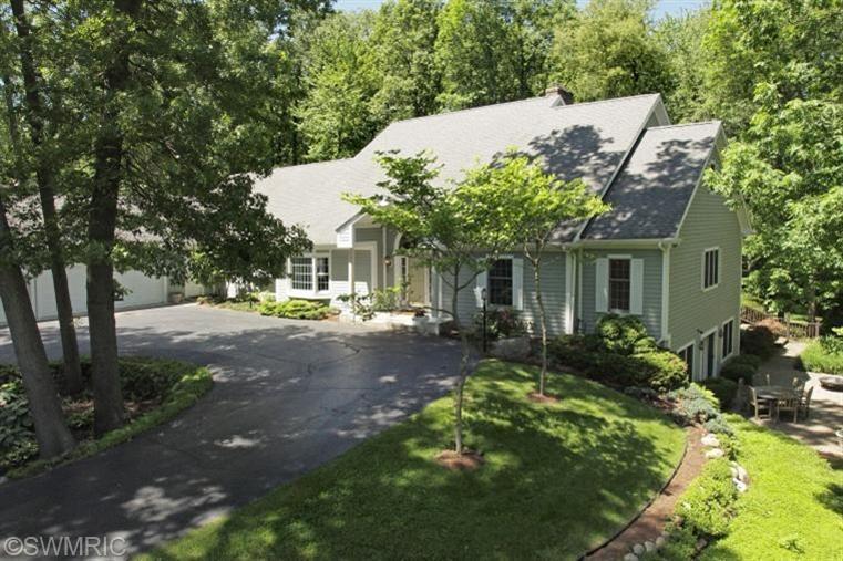 Real Estate for Sale, ListingId: 28307382, Kalamazoo,MI49009