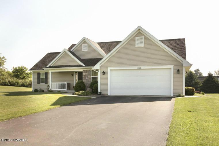 Real Estate for Sale, ListingId: 29173313, Kalamazoo,MI49004