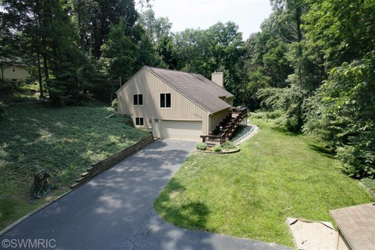 Real Estate for Sale, ListingId: 29136783, Kalamazoo,MI49008