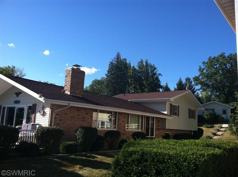 Real Estate for Sale, ListingId: 32077656, Edwardsburg,MI49112