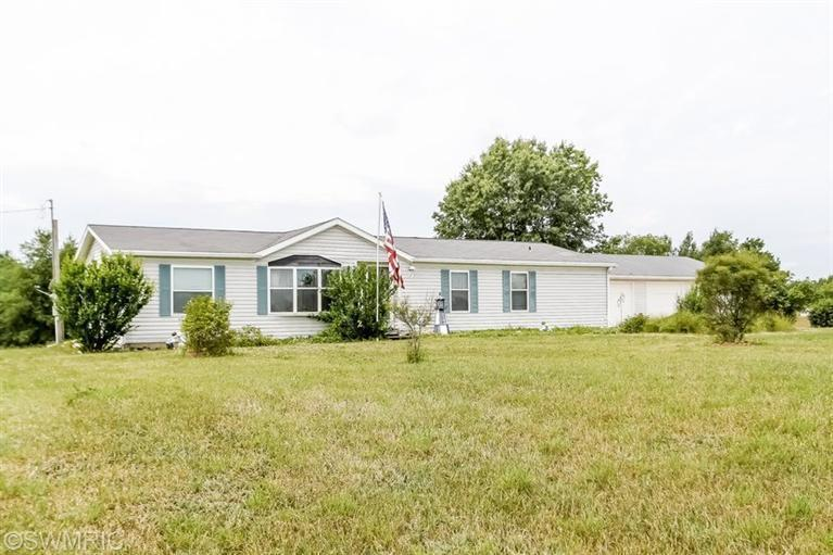 Real Estate for Sale, ListingId: 29241379, Morley,MI49336