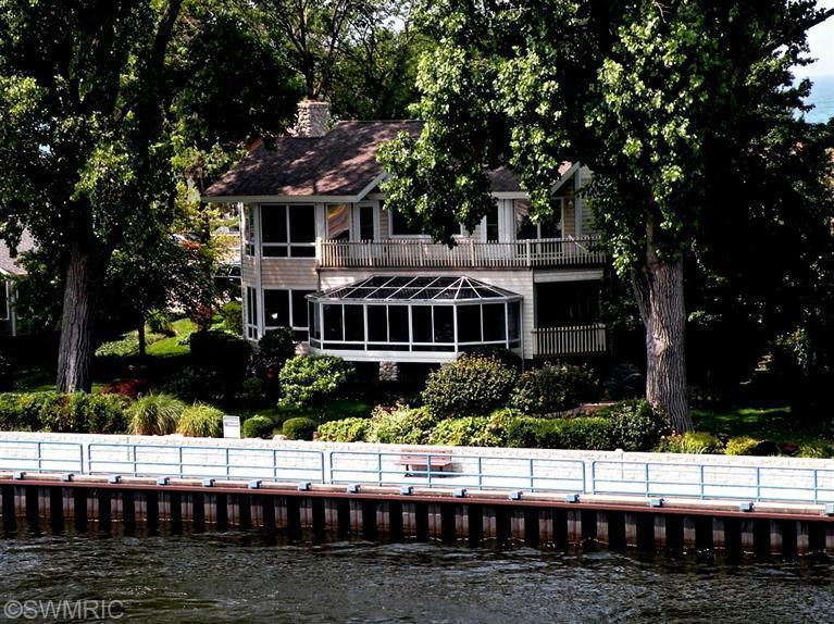 Real Estate for Sale, ListingId: 32990513, South Haven,MI49090