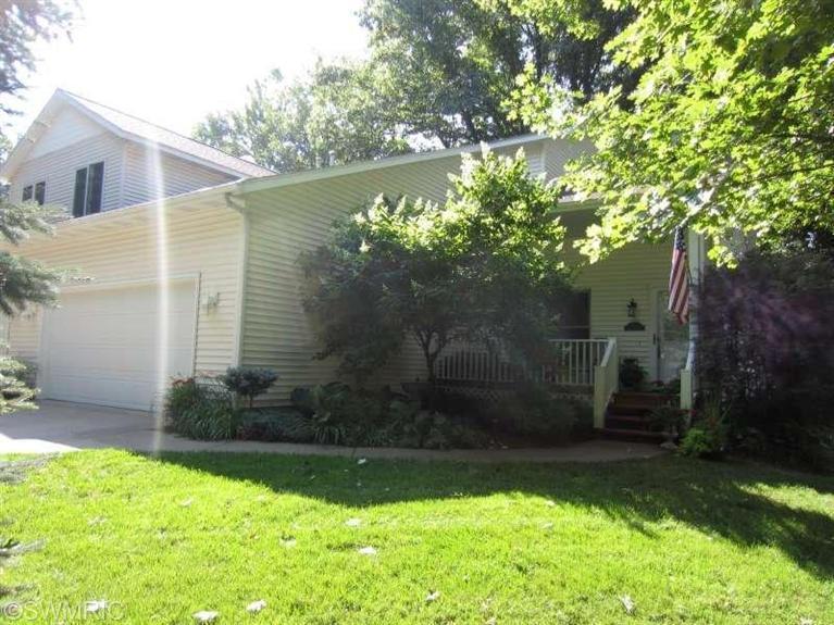 Real Estate for Sale, ListingId: 29537955, Saugatuck,MI49453