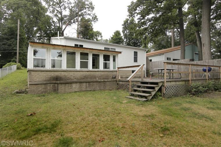 Rental Homes for Rent, ListingId:29667661, location: 1625 S Crooked Lake Drive Kalamazoo 49009