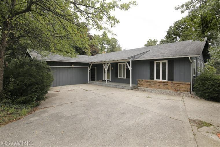 Rental Homes for Rent, ListingId:29792880, location: 8252 Lake Vista Drive Augusta 49012