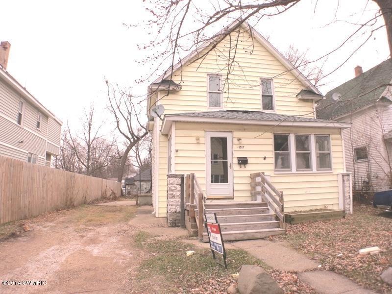 Real Estate for Sale, ListingId: 30400355, Kalamazoo,MI49001