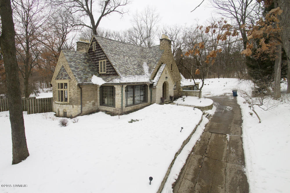 Real Estate for Sale, ListingId: 31325843, Kalamazoo,MI49008