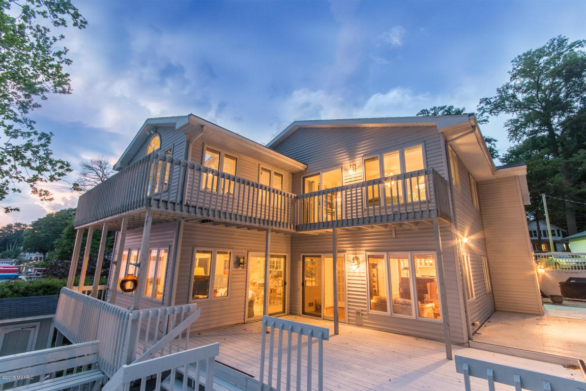 Real Estate for Sale, ListingId: 32077282, Cassopolis,MI49031