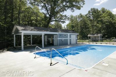Real Estate for Sale, ListingId: 32077601, South Haven,MI49090